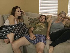 Bored beauties banging on cam